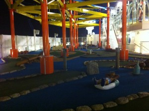 NCL Breakaway Deck 16 Mini golf