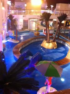 NCL Breakaway Deck 16 Kid's pool