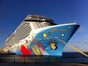 NCL Breakaway in Bermuda
